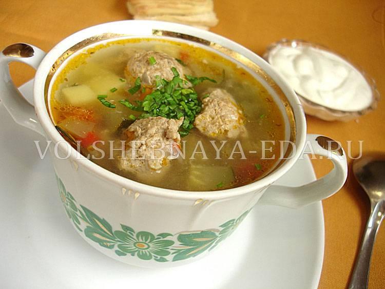 Суп с фрикадельками, сваренный в мультиварке — простой рецепт блюда