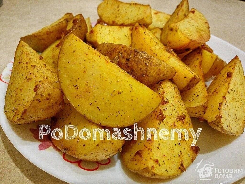 Картошка по-деревенски на сковороде