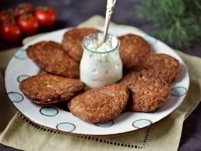 Диетические оладьи из куриной печени, рецепт для детей
