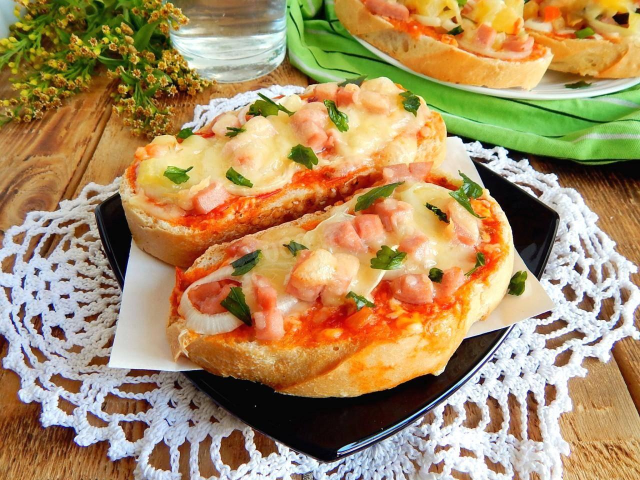 Тесто для пиццы в домашних условиях: 6 простых вариантов + рецепт соуса