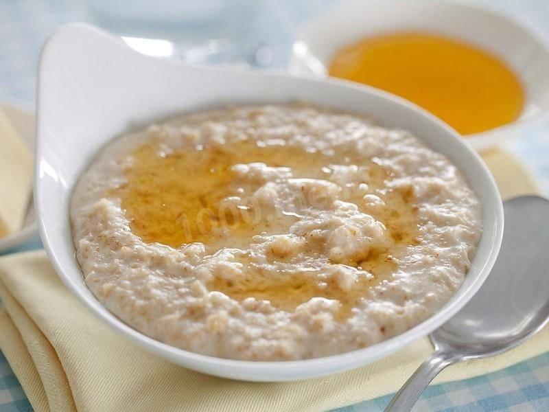 Как варить овсяную кашу на молоке и воде. рецепты вкусной овсянки на завтрак (+отзывы)