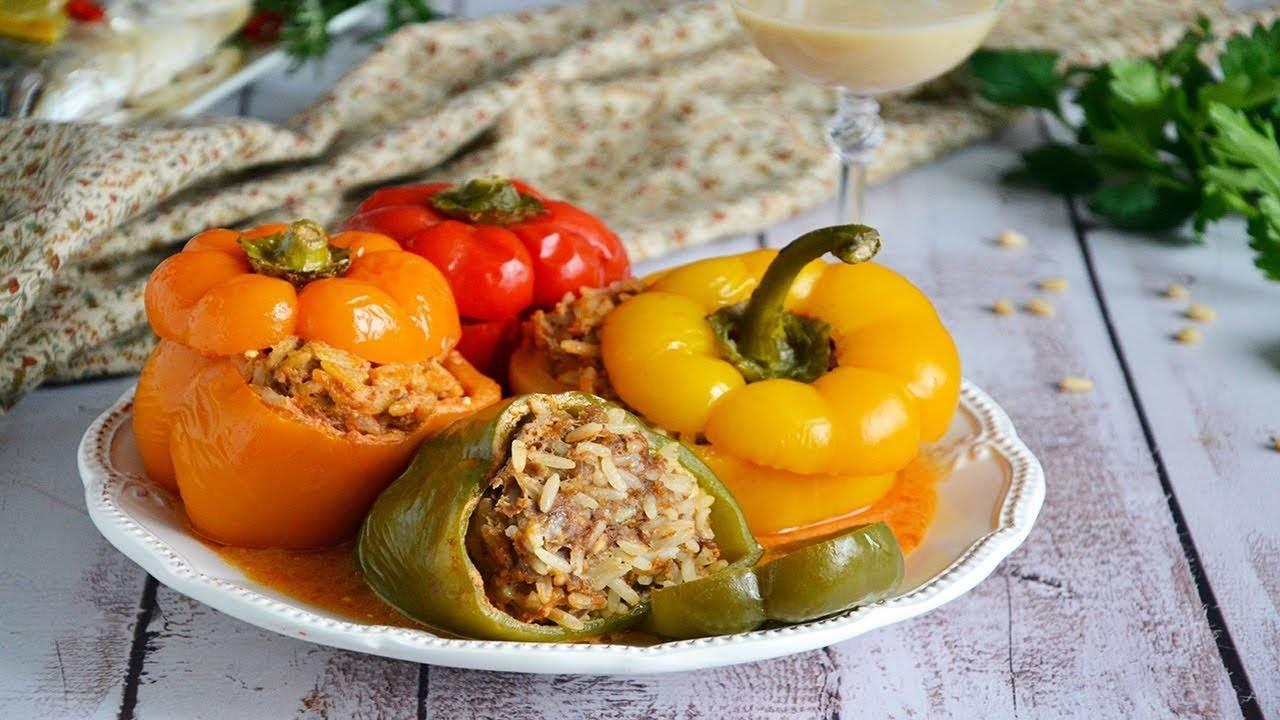 Фаршированные перцы в сырном соусе