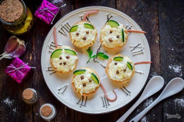 Брускетта с сыром - отличная закуска для новогоднего стола