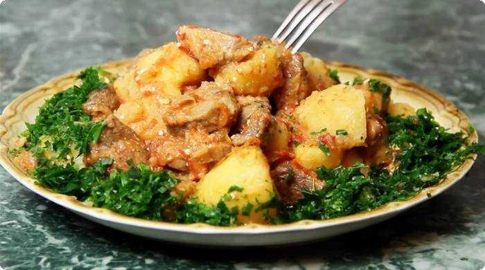 Жаркое из свинины с сухими лесными грибами - рецепт с фотографиями - patee. рецепты