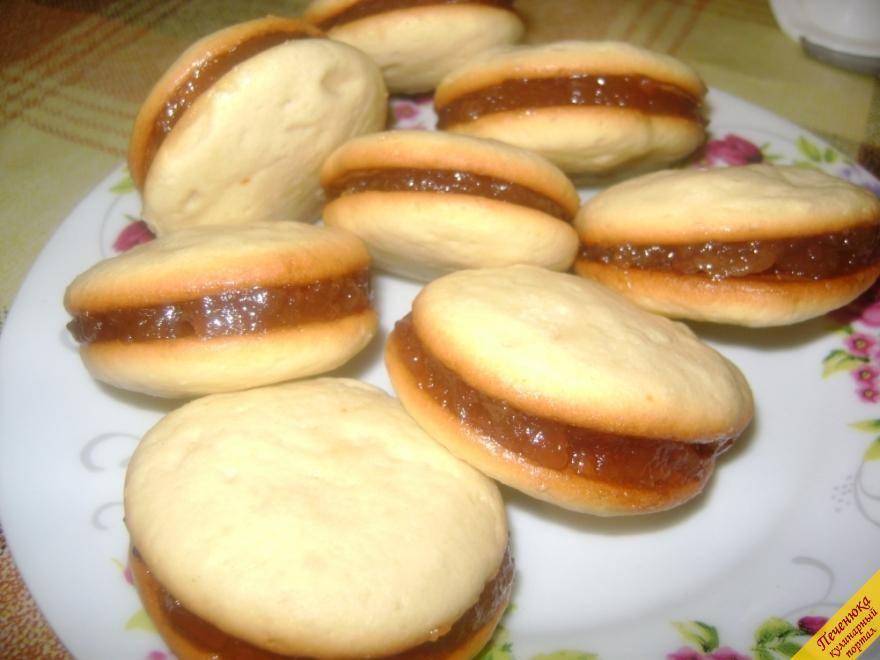 Ванильное печенье с джемом