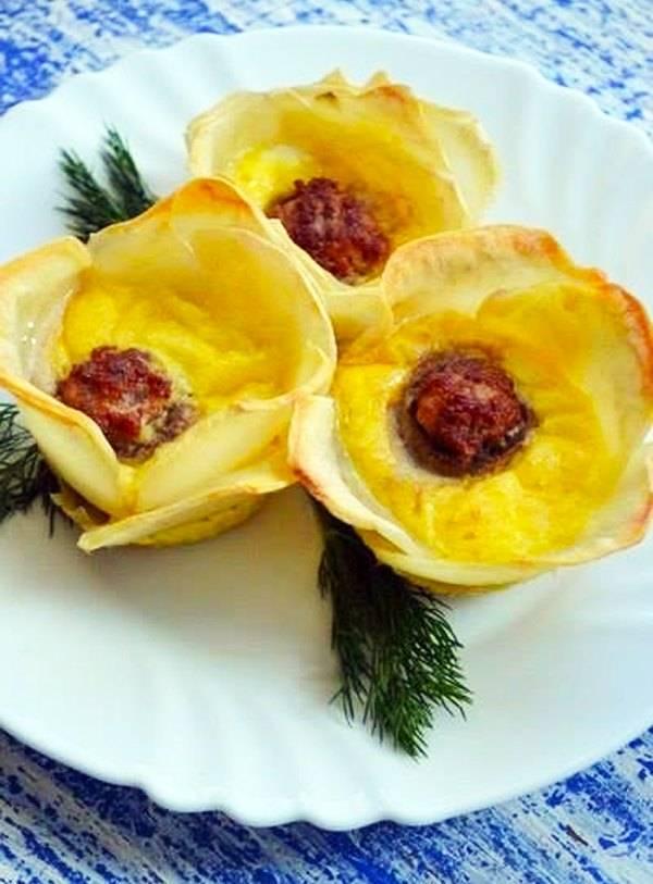 Лечебные свойства цветов картофеля: в чем состоят их польза и вред, есть ли противопоказания к применению, а также рецепты для настойки на водке и отвара