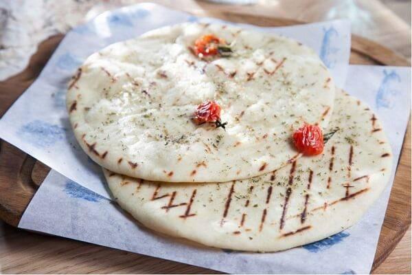 Постный хлеб пита - рецепт приготовления на сковороде в домашних условиях