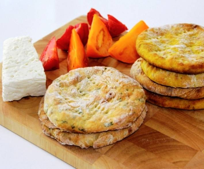 Готовим лепешки из картофельного пюре (с сыром, чесноком и т.д.)