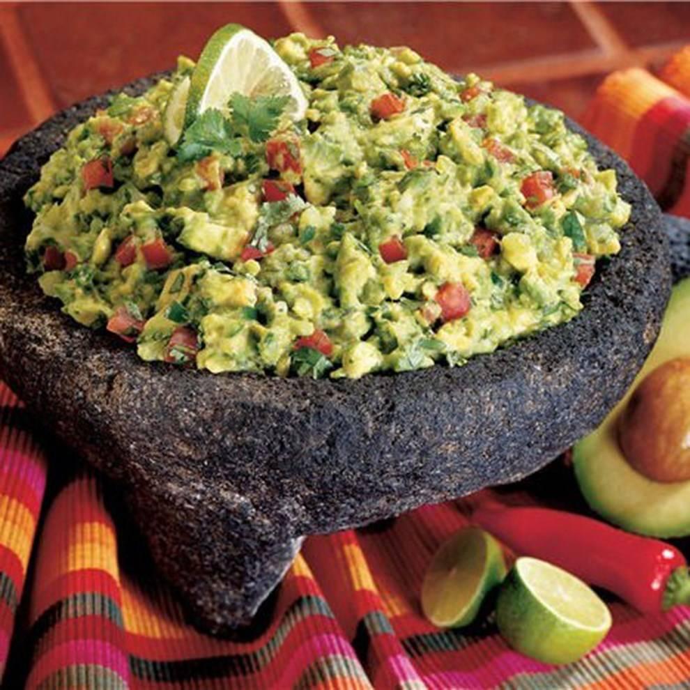 От гуакамоле до маргариты: 8 рецептов мексиканской кухни — wonderzine
