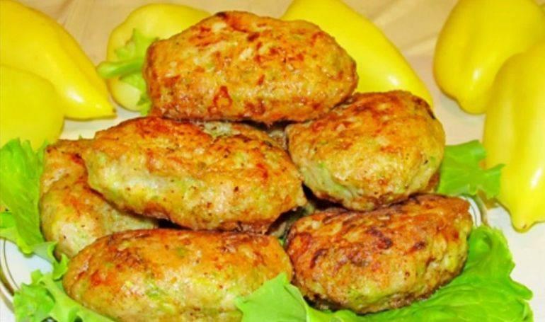 Вкусные кабачковые котлеты (с мясом и без) – 4 пошаговых рецепта