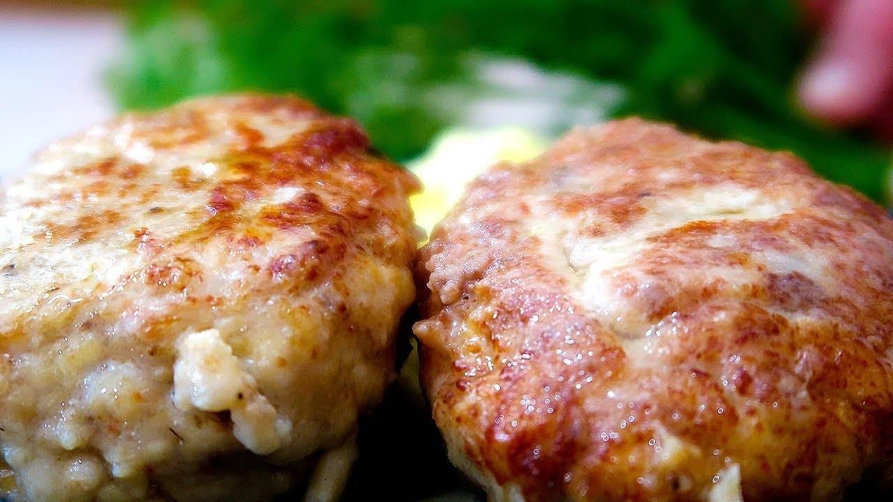 Котлеты из куриного фарша с овсяными хлопьями - 7 пошаговых фото в рецепте