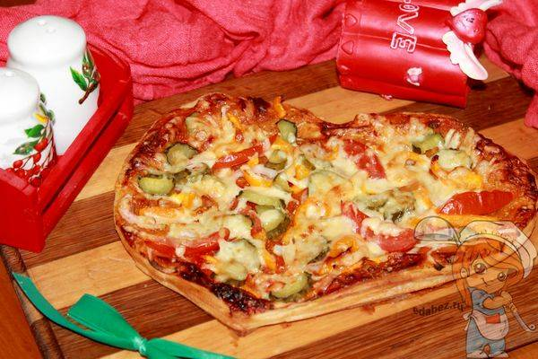 """Пицца """"валентинка"""" - 13 пошаговых фото в рецепте"""