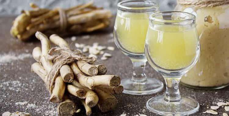 Как приготовить хреновуху на самогоне по рецепту? полезные свойства медовой настойки