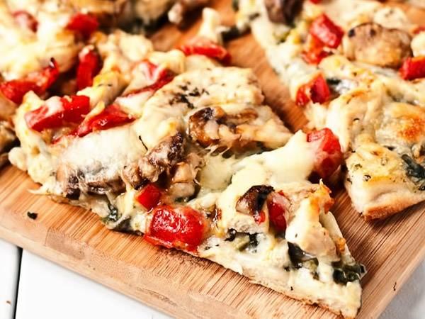 Простое тесто для пиццы без дрожжей