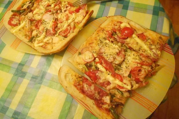 Быстрая пицца с соусом барбекю