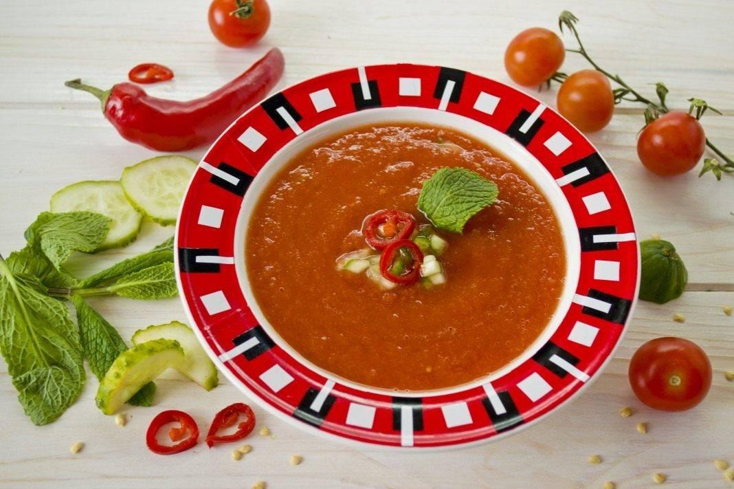 Классический томатный суп гаспачо в домашних условиях, рецепт с фото