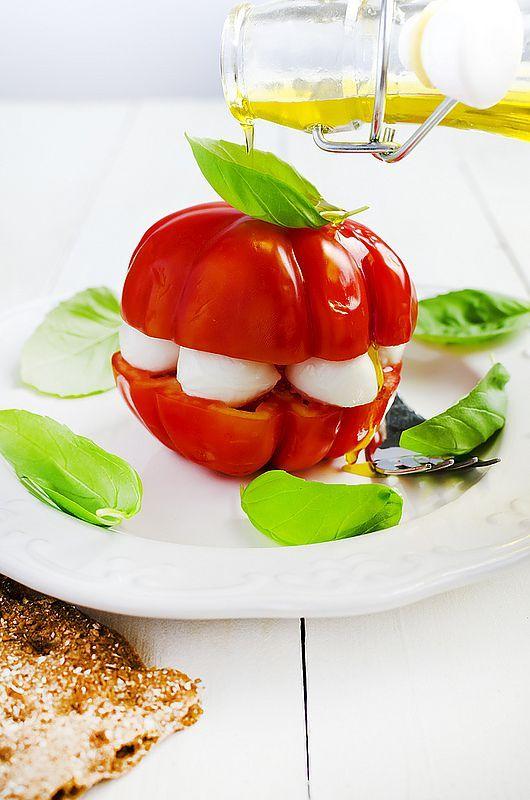 Легкая новогодняя закуска «Капрезе»