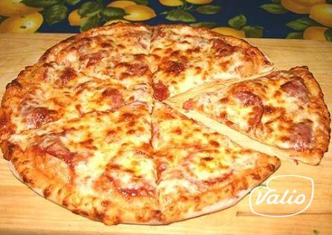 Пицца на батоне на сковороде: рецепт и фото
