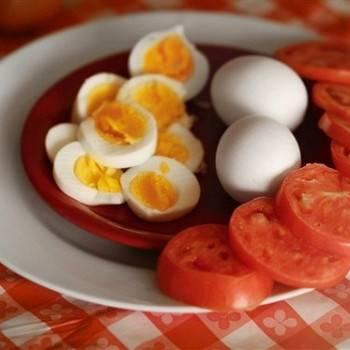 Как сварить яйца всмятку, вкрутую в мешочек и чтоб хорошо чистились