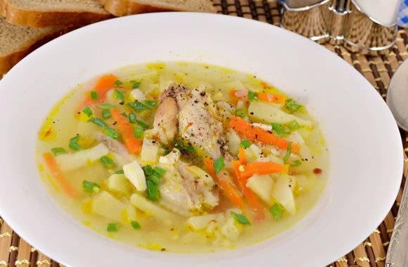 Суп из крылышек и овощей