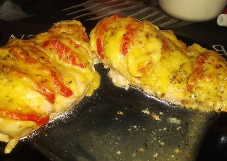 Куриные отбивные с помидорами и сыром – 5 популярных рецептов