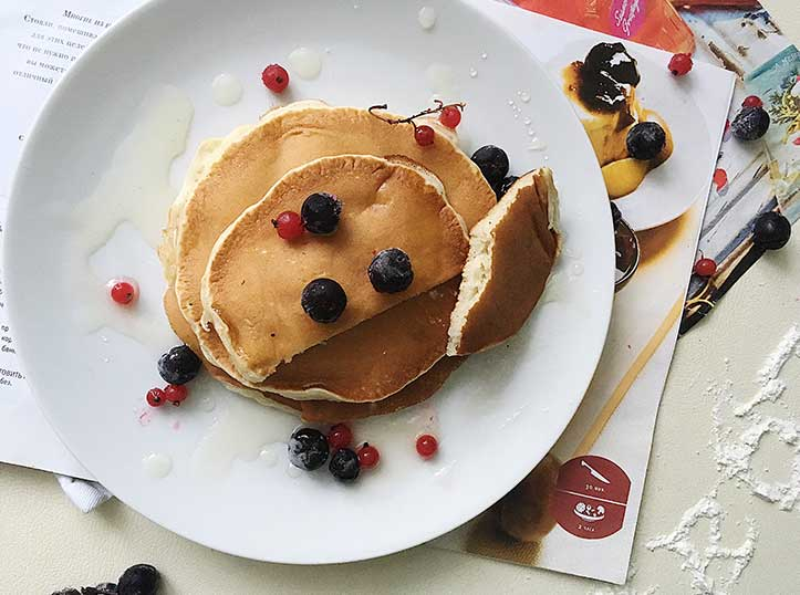 Шоколадные панкейки: рецепты с пошаговыми фото, как приготовить на молоке, кефире и воде американские блины