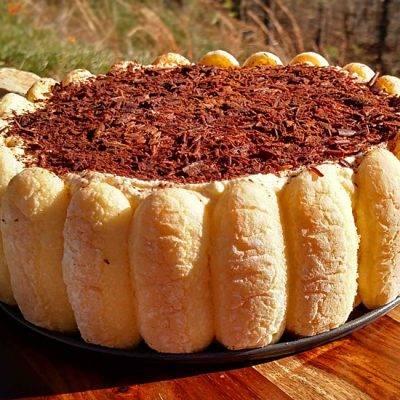 Торт йогуртовый с бананом и киви