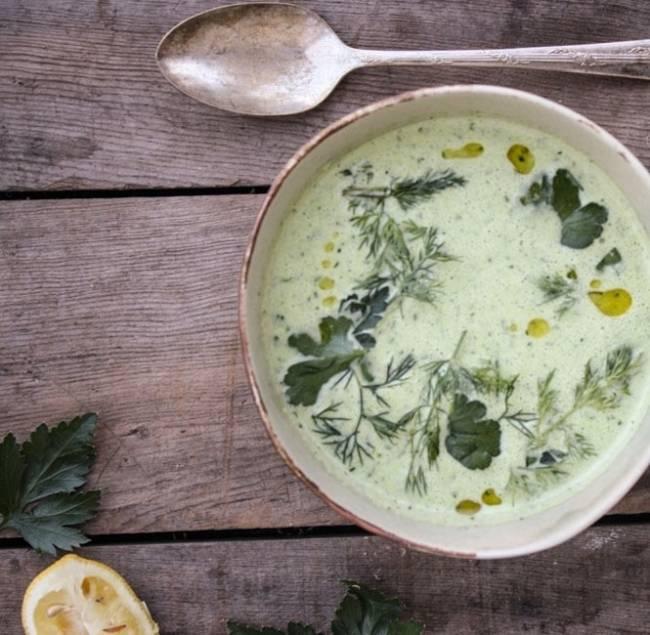 Как готовят супы на йогурте в разных странах — лучшие рецепты