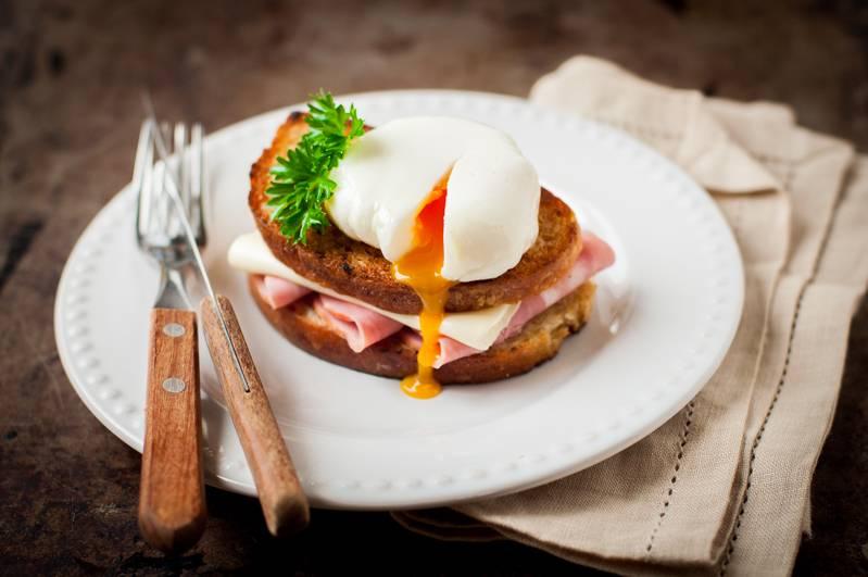 Крок-месье: рецепт приготовления французского горячего бутерброда