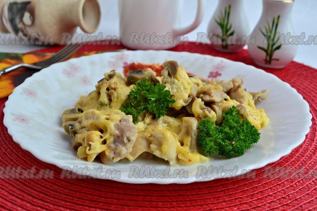 Жульен с курицей и грибами в мультиварке - пошаговый рецепт с фото