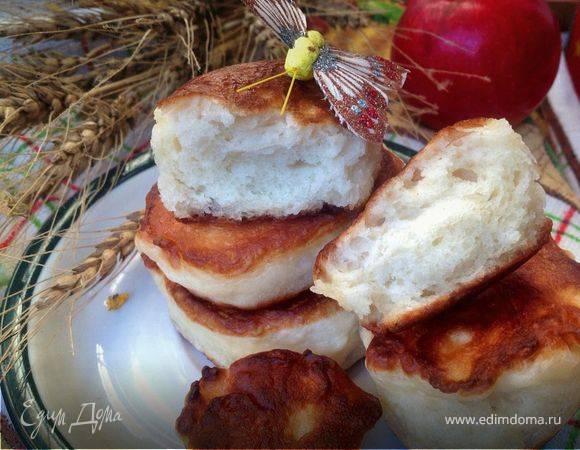 Дрожжевые оладьи с яблочным припёком рецепт с фото