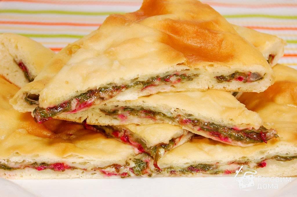 """Традиционный осетинский пирог с сыром """"уалибах"""""""