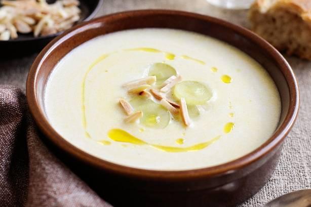 Холодный испанский суп Ахобланко