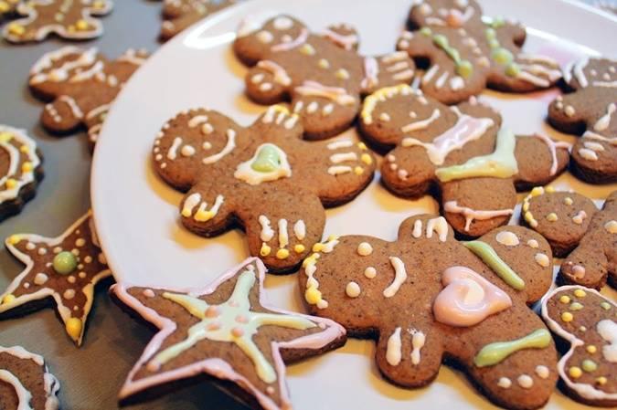 Печенье с имбирем и корицей - 8 пошаговых фото в рецепте