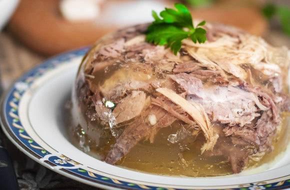 Рецепт холодца из свиной рульки и курицы
