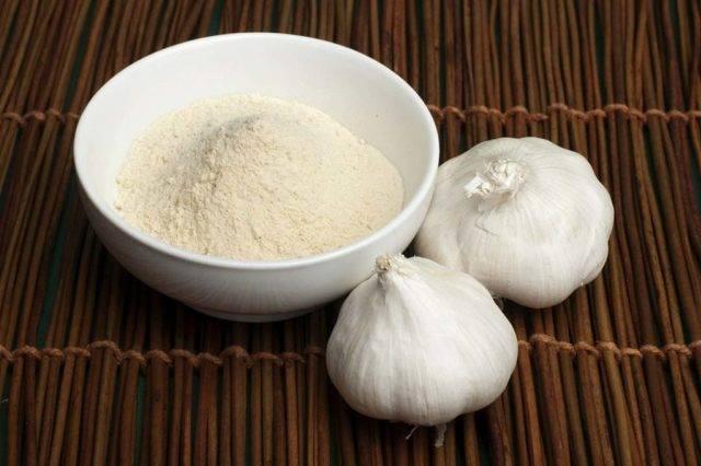 7 простых рецептов чесночного соуса