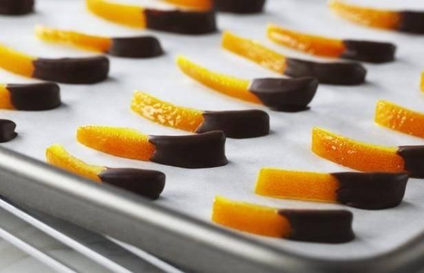 Цукаты из апельсиновых корок - быстрые рецепты приготовления, польза, вред и условия хранения