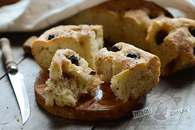 Итальянский хлеб чиабатта, фокачча, стирато, кафоне, рецепты с вяленными помидорами, оливками и сыром
