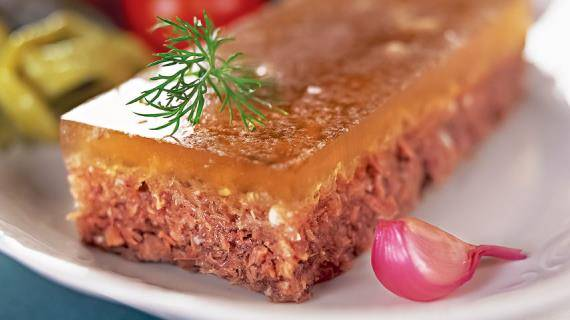 Как сварить холодец из свиных ножек и рульки — 7 вкусных рецептов