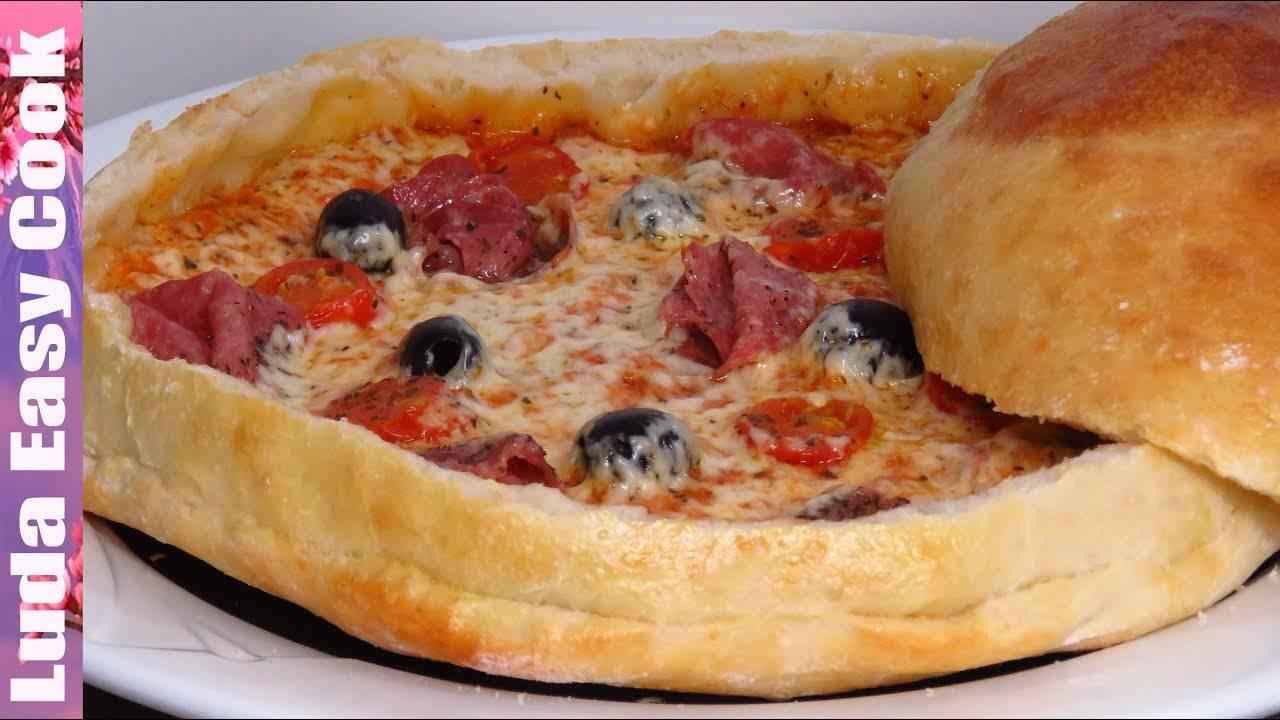 Пицца-кекс с ветчиной, сыром и маслинами