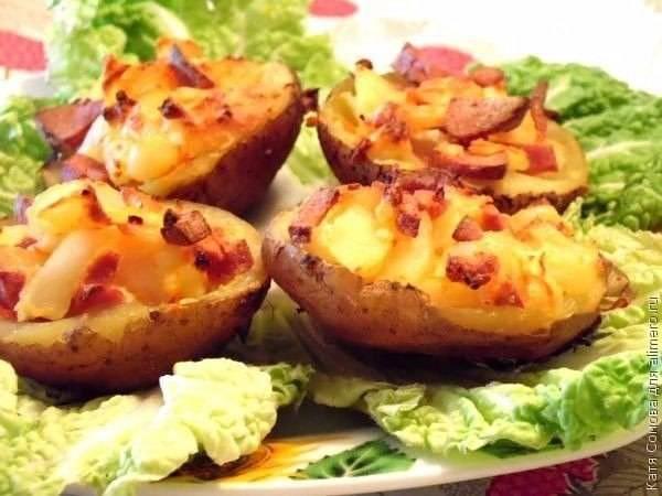 """Фаршированные картофельные """"лодочки"""""""
