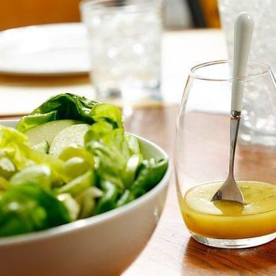 Как приготовить вкусную заправку для овощного салата