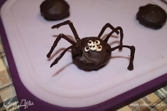 Овсяное печенье с шоколадной заливкой