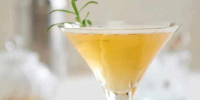 Игристая пуансеттия - напиток для двоих