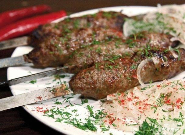 Люля-кебаб из свинины в соусе - рецепт с фотографиями - patee. рецепты