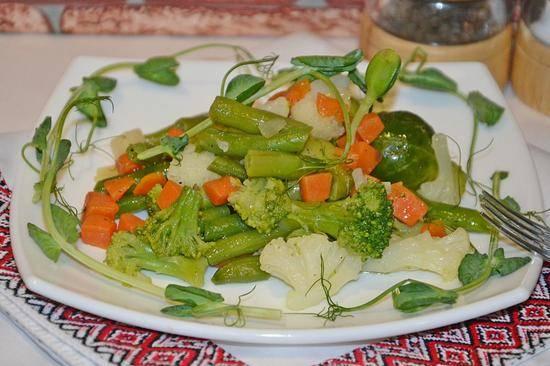 Купаты в мультиварке – вкусные домашние колбаски. рецепты купатов в мультиварке под соусом, с овощами, в тесте, на пару