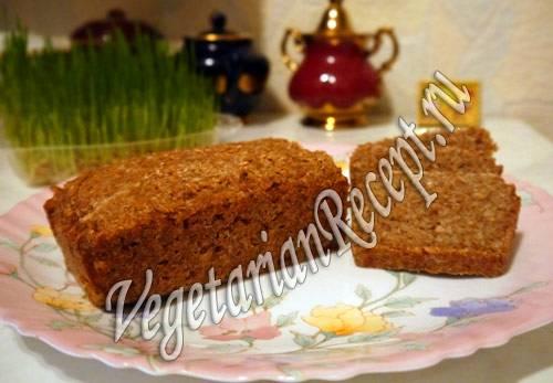 Сыроедные хлебцы с проростками, со льном и овощами
