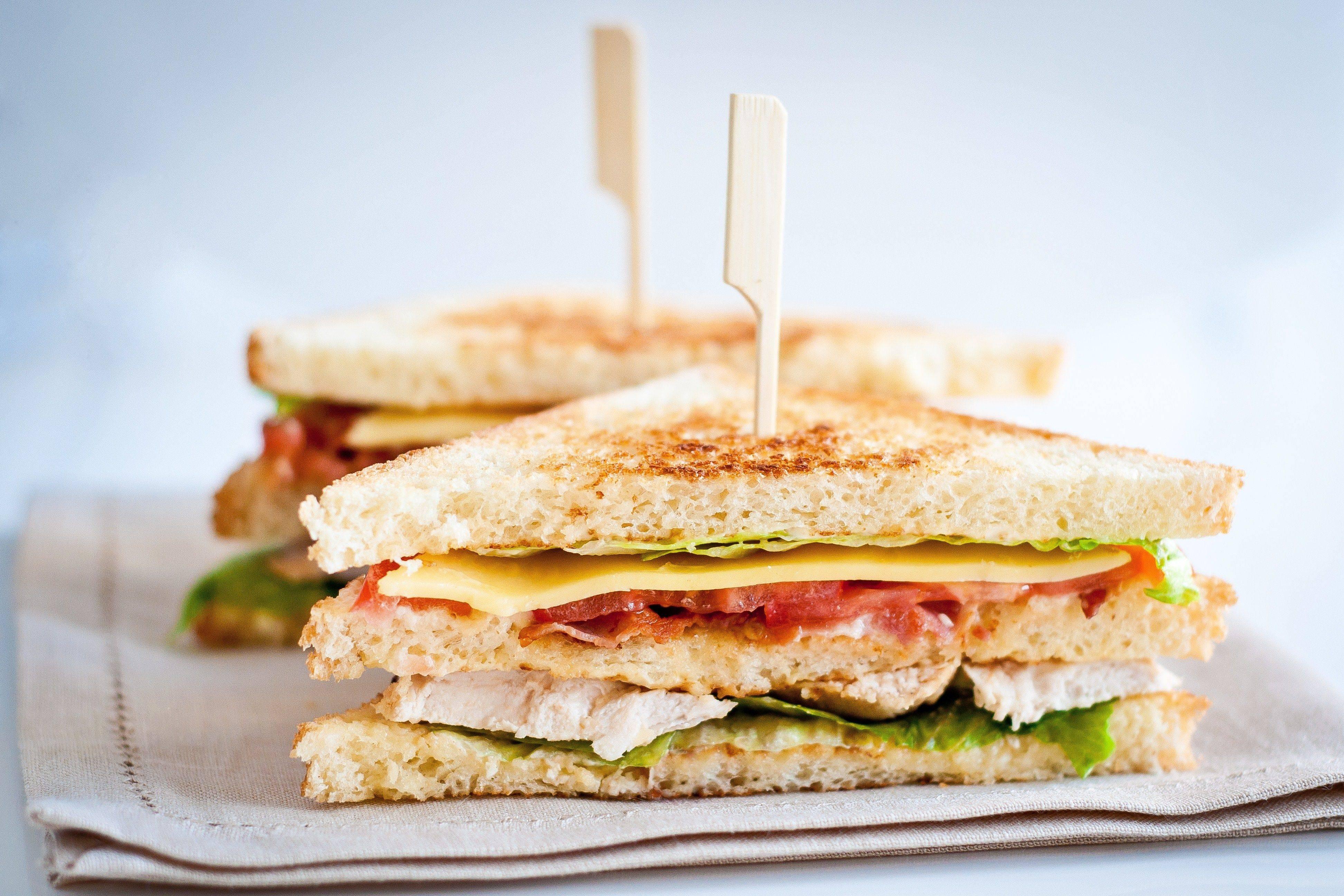 Как приготовить бутерброды с авокадо: простые рецепты