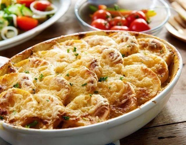 Картофельный гратен – рецепт с фото, пошагово описывающий рецепт.