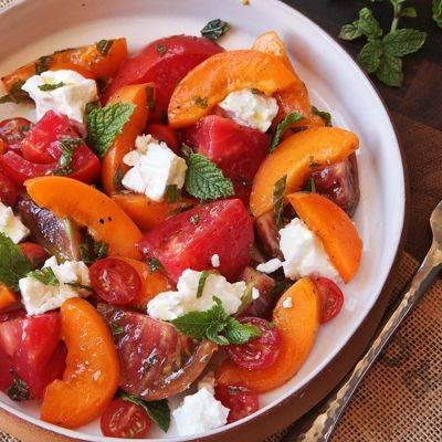 Как приготовить салат из арбуза, помидоров и феты? пошаговый рецепт с фото.